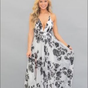 Pink Lilly boutique beautiful drama floral maxi